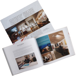 E. Ashley Rooney. Artists' Homes & Studios. 2015, Schiffer Publishing